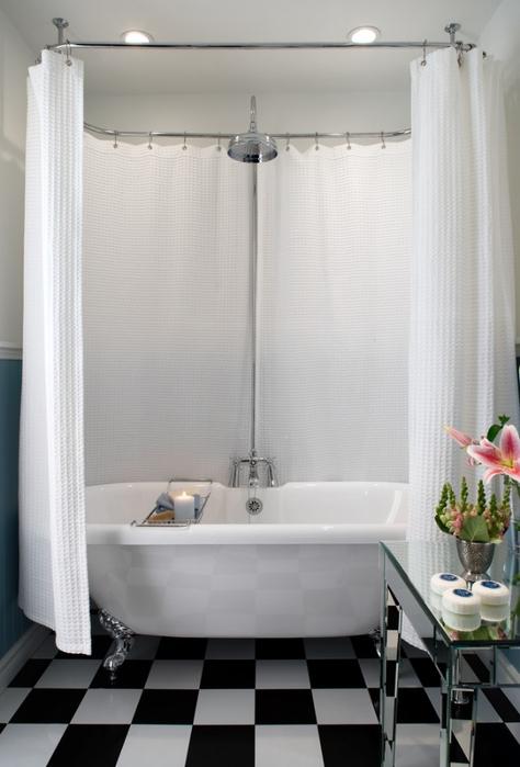 Roll top bath small bathroom