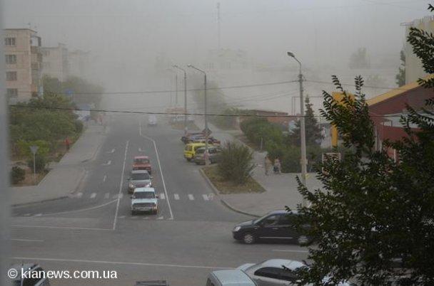 Пылевая буря в Крыму (2) (608x402, 36Kb)