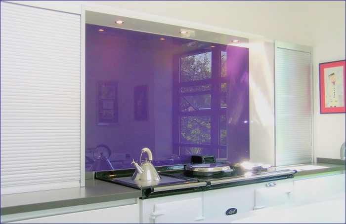 purple kitchen (700x454, 79Kb)