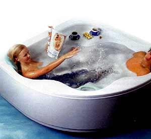 Иногда так хочется поваляться в гидромассажной ванне после тяжелого трудового дня.