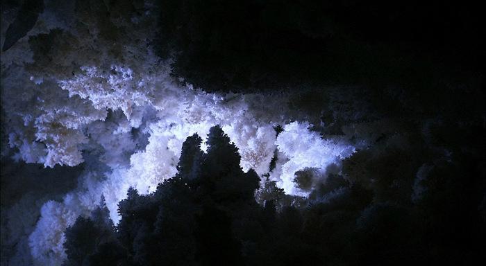 пещеры3 (700x384, 84Kb)