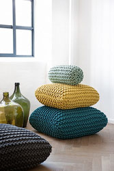 Knitted_cushions_image_resize2 (167x250, 30Kb)