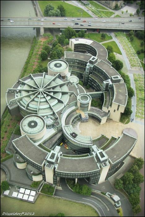 Парламент Земли Северный Рейн - Вестфалия: