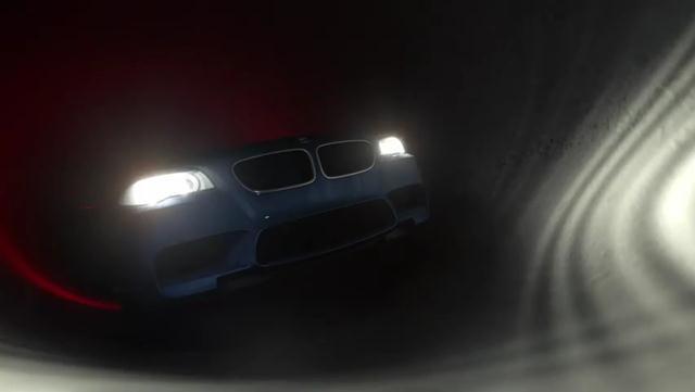 BMW M5 04 (640x361, 12Kb)