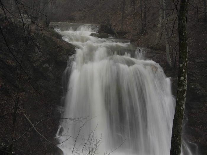 Водопад Головкинского (700x525, 89Kb)