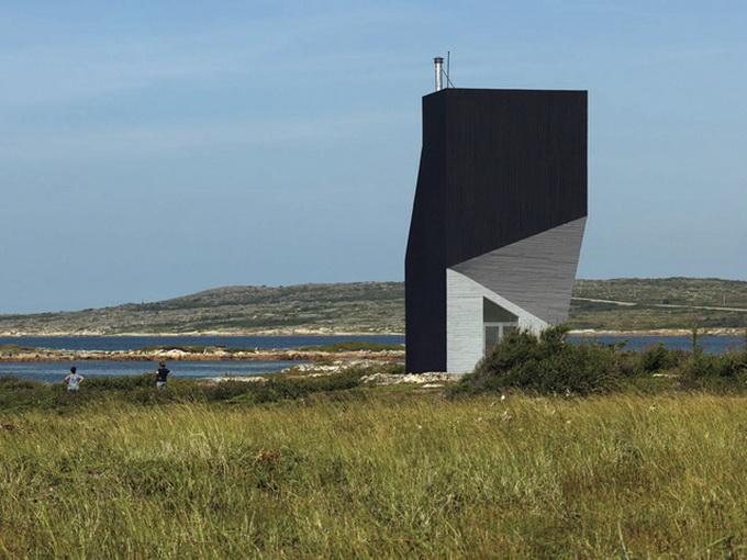 дом на острове Фого1 (680x510, 129Kb)