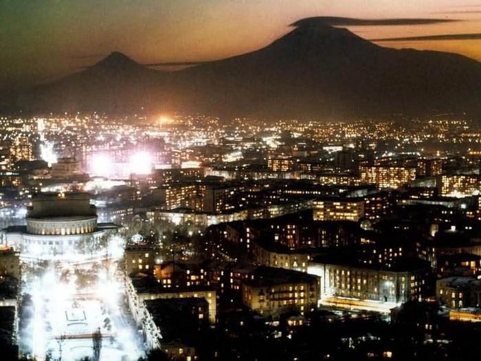 Фотопутешествие в Ереван 34 (700x525, 106Kb)