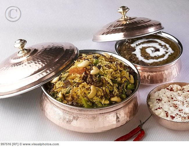 3910396_indian_cuisine_biryani_rice_dish_dal_makhani_997516_2_ (650x507, 74Kb)