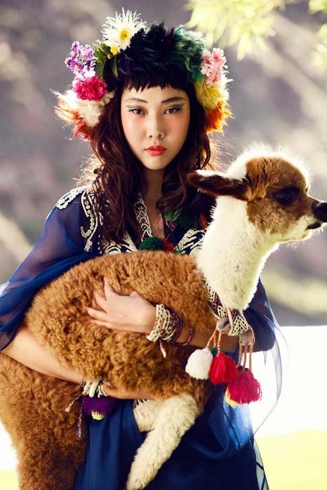 модная фотосессия в этническом стиле (466x700, 249Kb)