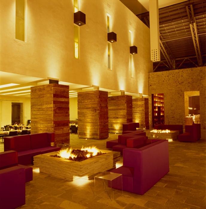 отель в монастыре фото 5 (689x700, 339Kb)