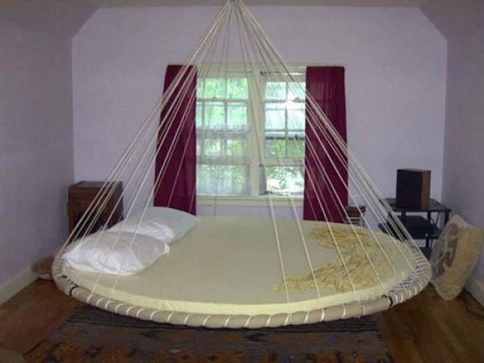 кровать1 (700x525, 67Kb)