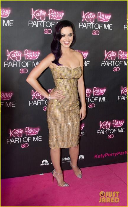 katy-perry-part-of-me-premiere-sydney-01 (433x700, 93Kb)