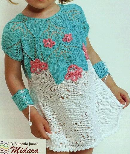 Летнее платье спицами с узорной кокеткой девочкам 2-3 годика/4683827_20120701_171408 (435x515, 96Kb)