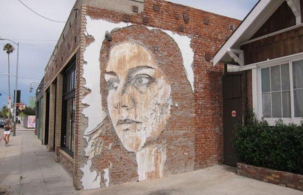 портреты на стене7 (604x390, 62Kb)