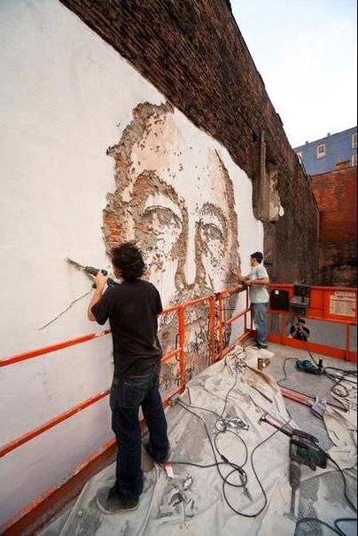 портреты на стене9 (404x604, 67Kb)