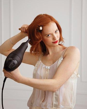 прическа для волос средней длинны (1) (360x450, 27Kb)