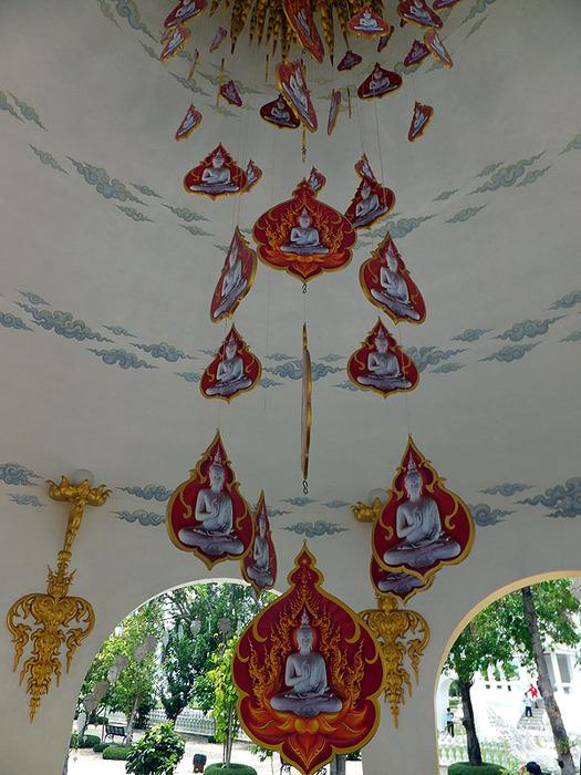 Белый Храм в ЧиангРае, Тайланд, 1 (525x700, 154Kb)