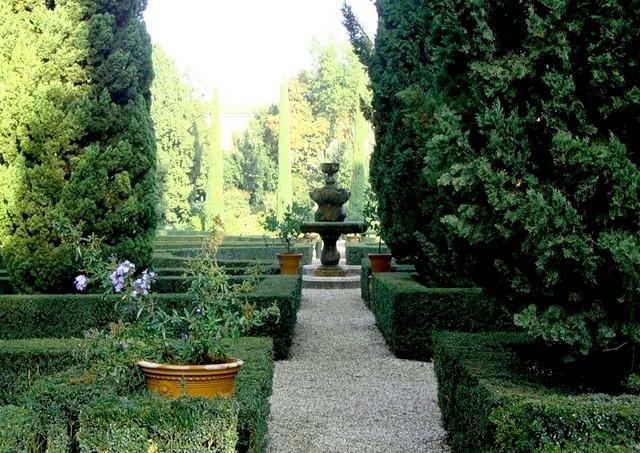 Сад Джусти - достопримечательности Италии 19 (640x453, 133Kb)