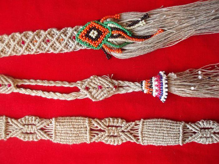 В этом же числе очень ценятся макраме фенечки, так как ихнее плетение...