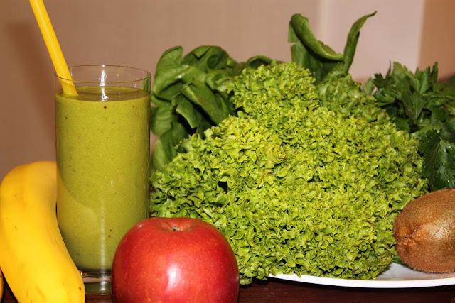 Как употреблять зеленые коктейли: Дневная норма употребления - 2...