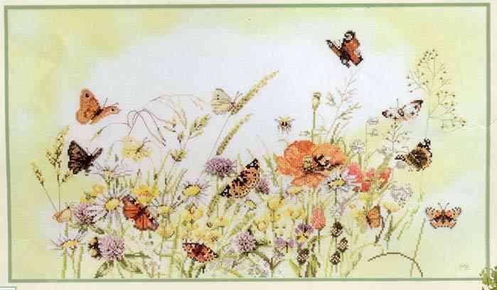 """Набор для вышивания  """"Цветы и бабочки """" изготовлен фирмой  """"Lanarte """"."""