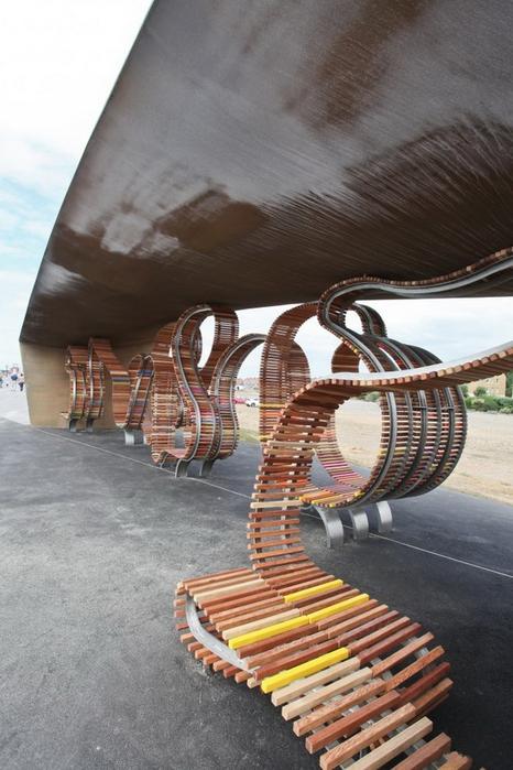 двухкилометровая скамейка1 (466x700, 248Kb)