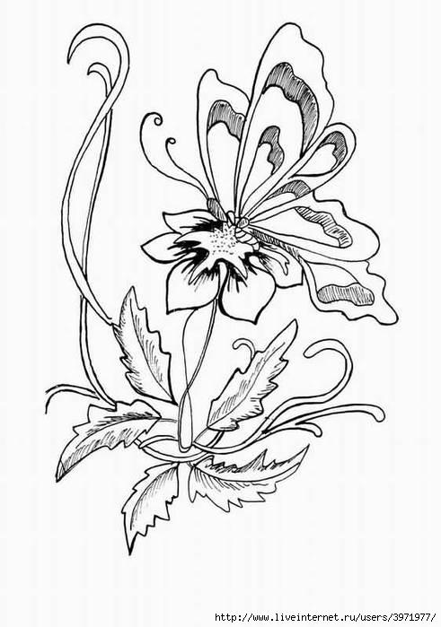"Вышивка бисером  ""Бабочка на цветке "" ."