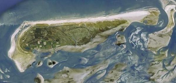 плавающий остров серых монахов2 (600x285, 133Kb)