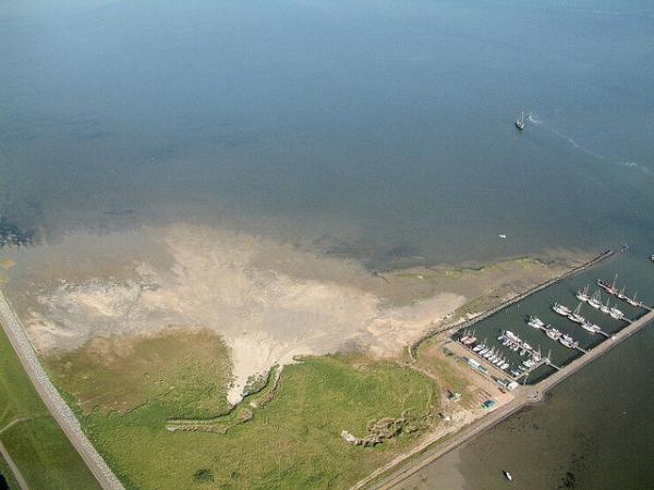 плавающий остров серых монахов5 (600x450, 211Kb)