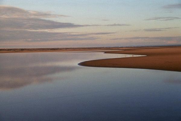 плавающий остров серых монахов13 (600x400, 152Kb)