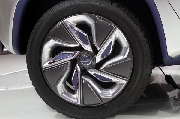 Nissan TeRRa8 (600x399, 168Kb)