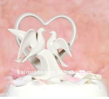 Beautiful_ceramic_wedding_dove (350x319, 19Kb)