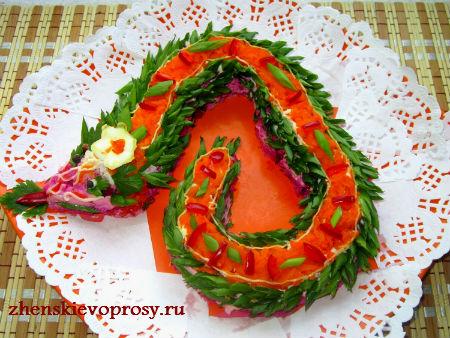 Украшение салаты на новый год 2013 год с фото