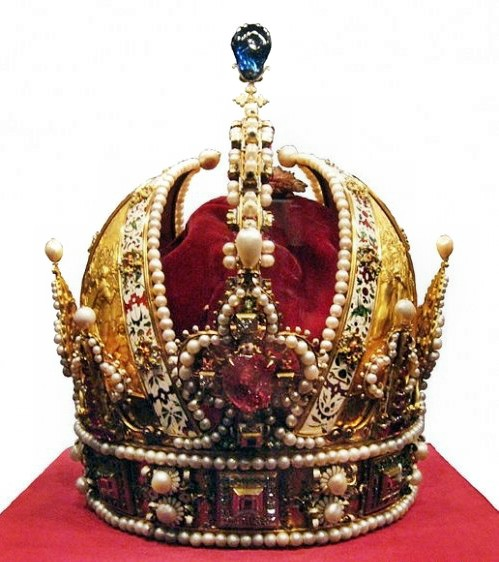 1283886010_1283794766_crowns-and-tiaras-04 (499x562, 76Kb)