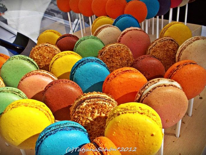 Из сладкого: французское печенье макарон (macarons). Стильно и вкусно. Рекомендация инсайдера-градоведа ТатьяныSchön, Дюссельдорф