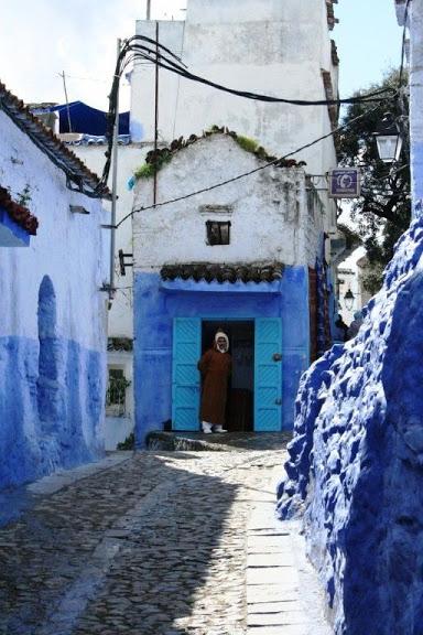 В голубом этот город всплыл, Чистота или утро в нем. 90495