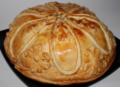 """КУРНИК - пирог с курицей и картофелем (его ещё называют  """"царский пирог """")."""