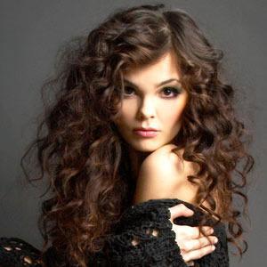 Как придать волосам объем при укладке (300x300, 15Kb)