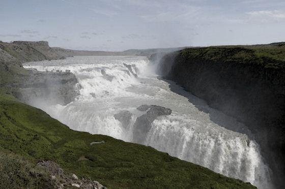 Водопады Исландии5 (560x372, 30Kb)