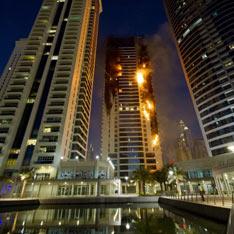 Дубаи - пожар в небоскрёбе (234x234, 20Kb)