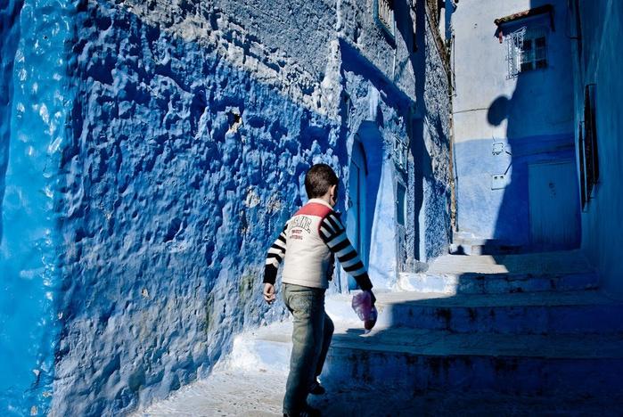В голубом этот город всплыл, Чистота или утро в нем. 57205