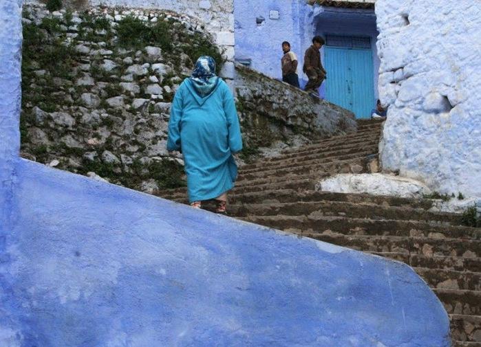 В голубом этот город всплыл, Чистота или утро в нем. 98150