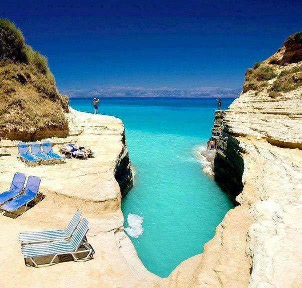 Остров Корфу, Греция (604x577, 379Kb)