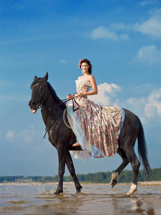Шаблон для фотошопа - Девушка верхом на коне (527x700, 301Kb)