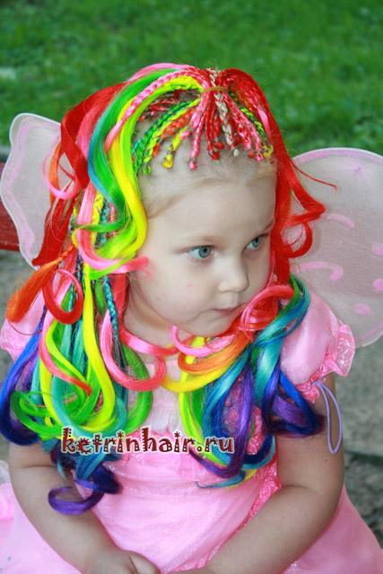 простые прически для девочек на каждый день, простые прически за пять минут, простые прически для девочек своими руками, простые прически для девочек с резинками, простые прически для девочек на средние волосы, Новосибирск афрокосички, афрокосички в Новосибирске, студия делюкс в Новосибирске, Новосибирски парикмахерская Делюкс,