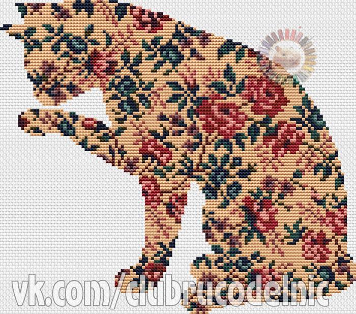 Кошка в розах (700x617, 666Kb)