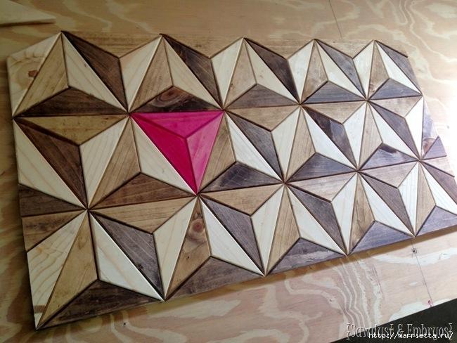 Геометрическое панно из деревянных треугольников (3) (650x488, 216Kb)
