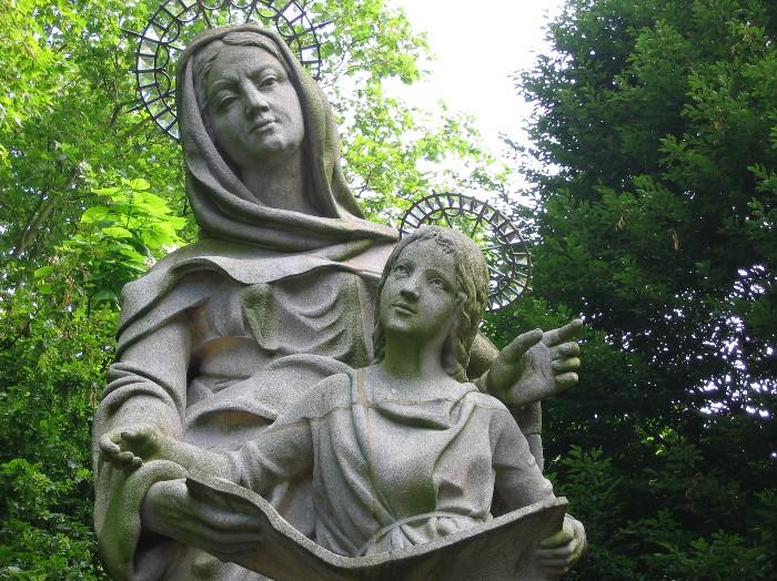 St Anne (700x524, 172Kb)