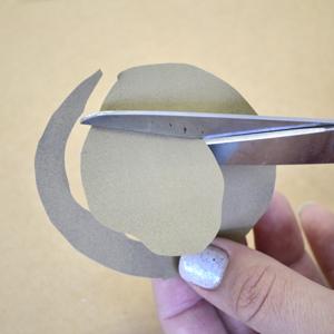 Венок с бумажными розочками. Мастер-класс (6) (300x300, 127Kb)