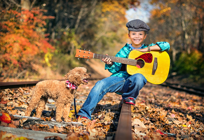 Шаблон для фотошопа - Мальчик с гитарой и собачкой (700x482, 469Kb)